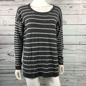 Vince Striped Gray White Knit Sweater Size Medium